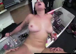 Cum facial for tattooed non-professional babe in sex for cash