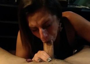 The Right Way to Engulf Cock - FACIAL