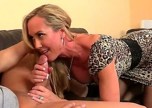 Athletic milf with a wonderful and round ass is trying to have some sex in office. This babe attacks this boy and gives him a really wonderful blowjob. He returns with some pussy licking