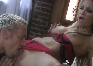 Jessica drake is on the edge of nirvana with sperm in her mouth
