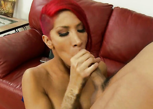 Chicana Kayla Carrera and hawt dude Keni Styles have a fun oral job pleasure