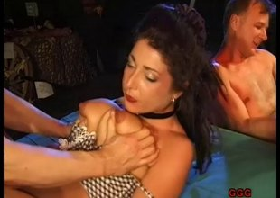 Ravishing babe bends forward for an orgasmic doggystyle drilling in a close up discharge