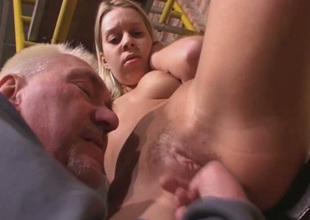 Old fart is putting his playful fingers to good use in this hot sex video