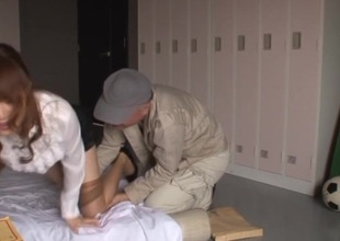 Japanese in nylons tricked and pounded in locker room