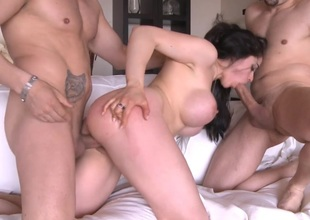 Busty Marta La Croft in a hot Threesome