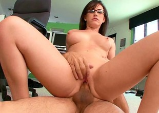 Youthful secretary with great tits gets ravaged by her older boss