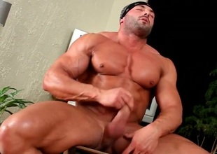 Hot naked body builder jerks off his jock