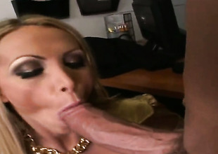Golden-haired Nikki Benz is dangerously horny after giving blowjob to Billy Glide
