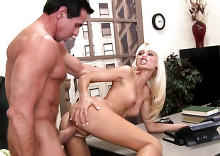 Gorgeously hot whore Erica Fontes receives her mouth stretched by Peter Norths sturdy snake